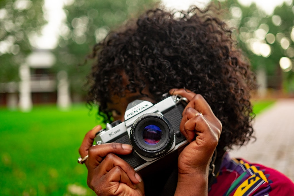woman with camera, photography, photos, fame, exposure